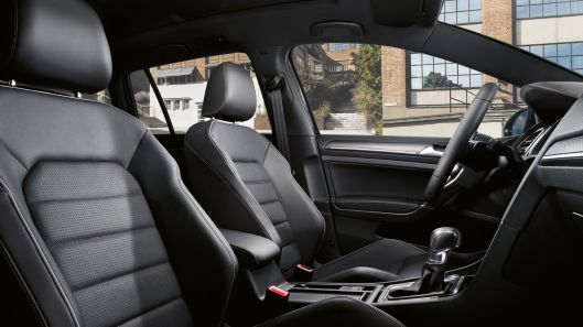 Golf 7 Facelift interior 1