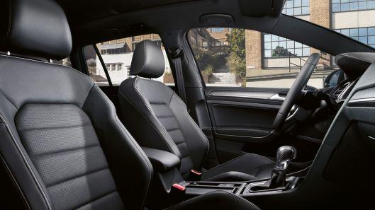 Golf 7 Facelift interior 1