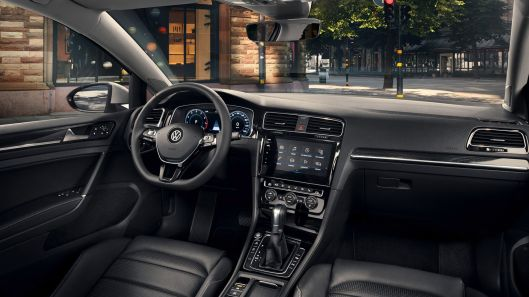 Golf 7 Facelift interior 2
